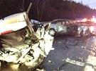 Mladý řidič způsobil hromadnou nehodu, při které těžce zranil dalšího člověka.