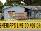 """Dům v Seffneru na Floridě, který zevnitř """"vyžírá"""" propadliště (1.3.2013)."""