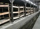 Postele, kde vězni spali.