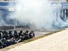 Násilné protesty ve Skopji. Policisté museli použít slzný plyn.