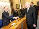 Kon��c� prezident V�clav Klaus nav�t�vil naposledy ve sv� funkci jedn�n� vl�dy.