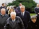 Růžička (vlevo) šel se Zemanem i na pohřeb hraběte Kinského, se kterým