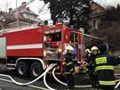 Při hašení požáru neobývané vily v Benešovské ulici zasahovalo 10 jednotek.