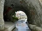 Výstava Kam slunce nehodí. Vyústění kanalizační odlehčovací stoky od řeky Otavy