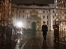 Symbolické zavírání brány Pražského hradu (8. března 2013)