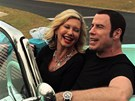 Olivia Newton-Johnová a John Travolta při natáčení písně I Think You Might Like