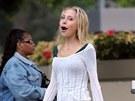 Dcera Olivie Newton-Johnové Chloe Lattanziová trpěla anorexií (2007).