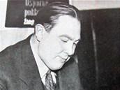 Vít�zslav Nezval