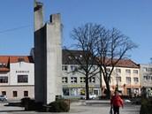 Podstavec, který v Hulíně zbyl po bustě Lenina.