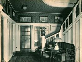 Dobový pohled do honosného interiéru Grossmannovy vily v Ostravě.