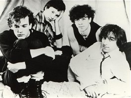 Oficiální snímek R.E.M. z 80. let