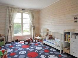Dětské pokoje jsou zatím spojené v jeden prostor, kde hraje hlavní roli hrací
