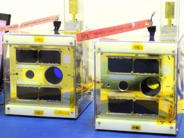 """Astronomická """"pidi-družice"""" UniBRITE a BRITE pro fotometrické pozorování"""