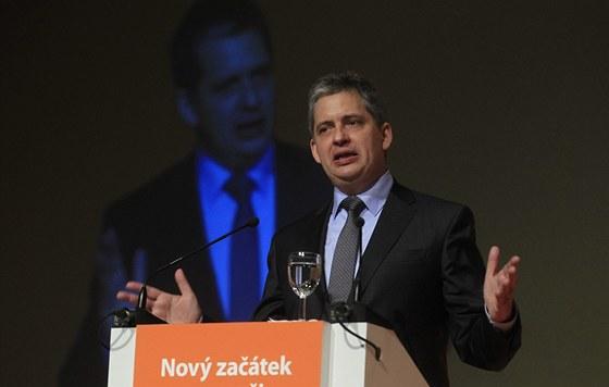 Místopředseda ČSSD Jiří Dienstbier během svého projevu na sjezdu v Ostravě.