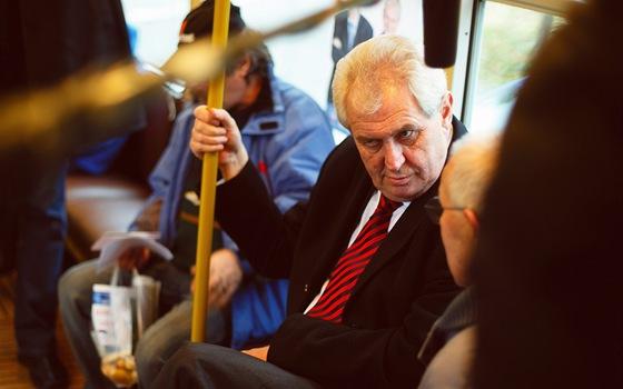 Miloš Zeman v dokumentu Hledá se prezident