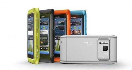 Nokia N8 znamená návrat nokie ke špičkovým fotomobilům, měla