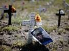 Symbolický hřbitov amerických vojáků zabitých v Iráku nedaleko ranče prezidenta George W. Bushe