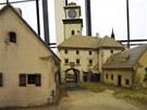 Ani v roce 1835 nebyly domy perfektně opravené.