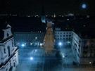 Videoklip Firefly ukáže divákům z ptačí perspektivy projížďku prázdnými ulicemi