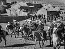 Povstalci bojovali proti moderní technice Sovětů i na koních. Výzbroj jim však následně dodávaly i Spojené státy.