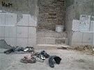 Polorozpadlý dům v Řeháčkově ulici 4 v ústeckých Předlicích ještě v pátek