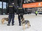 Sjezd ČSSD v Ostravě hlídají i policisté.