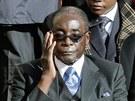 Prezident Zimbabwe Robert Mugabe při inauguraci papeže Františka ve Vatikánu.
