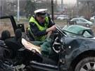 Silný náraz auto naprosto zdemoloval, spolujezdkyně prakticky neměla šanci
