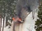 Obě vozidla začala po srážce mezi Špindlerovým Mlýnem a Špindlerovou boudou...