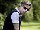 Jiří Langmajer ztvárnil v příběhu Druhý dech bohatého fanouška golfu.