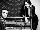 Raper Lipo a zpěvačka Kateřina Marie Tichá při natáčení.