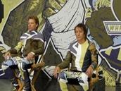 Kapela Bon Jovi na obalu alba What About Now