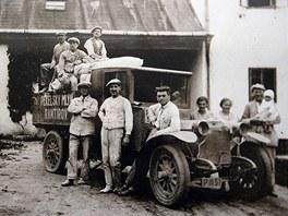 Pekárkův mlýn v dobách minulých. Tato fotka je ze třicátých let dvacátého