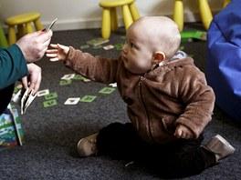 Baby Office: Z�kladn� cena za pracovn� m�sto je 50 K�, hodina hl�d�n� v
