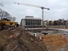 U Janáčkova divadla v Brně vznikají nové podzemní garáže.