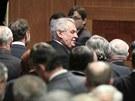Prezident Milo� Zeman vystoupil p�ed sen�tory. (21. b�ezna 2013)