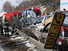 V hustém sněžení havarovalo na D1 přes sto aut - Provoz na spojnici Prahy a