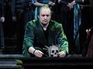 Z inscenace opery Giuseppa Verdiho Don Carlo v pražském Národním divadle