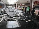V n�kupn�m centru Plaza se z��tily stropn� podhledy.