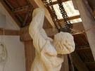 Trval však na tom, že sochu udělá podle svých představ.