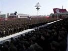 Tisicíe lidí se sešly na hlavním pchjongjangském náměstí a vyjádřily podporu