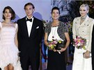 Charlotte Casiraghi, jej� bratr Pierre a matka, monack� princezna Caroline se...