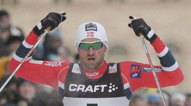 Petter Northug coby v&#237;tz sprintu Svtov&#233;ho poh&#225;ru ve Stockholmu.