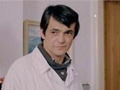 Jiří Bartoška zazářil jako doktor Skalka v seriálu Sanitka.