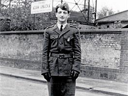 Nori Harel v roce 1948 v době československého výcviku pro izraelskou armádu.