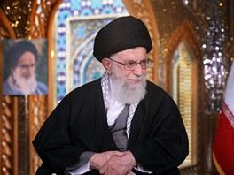 Nejmocn�j�� mu� �r�nu ajatoll�h Al� Chamene� op�t vyhro�uje Izraeli.