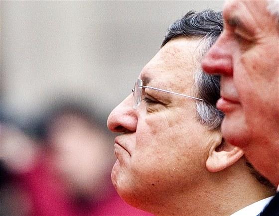 Prezident Miloš Zeman a předseda Evropské komise José Manuel Barroso při