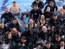 88 potápěčů překonalo v libereckém bazénu český rekord.
