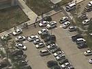 U kampusu zasahovaly desítky policistů.