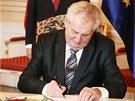Prezident Miloš Zeman podepsal na Pražském hradě evropský stabilizační